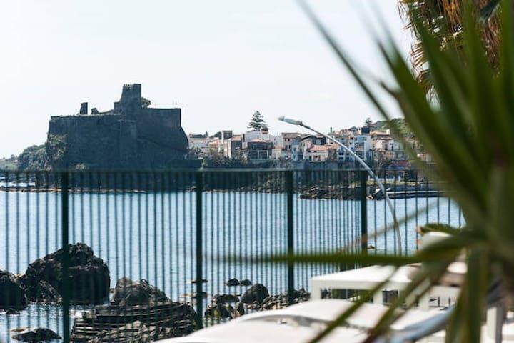 Prua sul mare - Aci Castello - Apartment