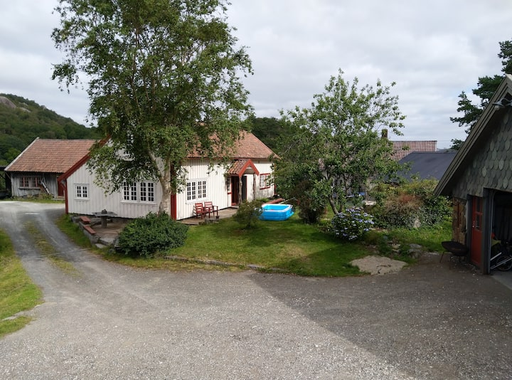 Tengs gård: Charming farm house outside Egersund