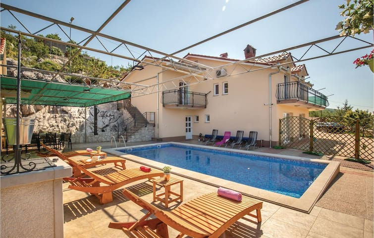 Holiday apartment with 1 bedroom on 47m² in Krstatice