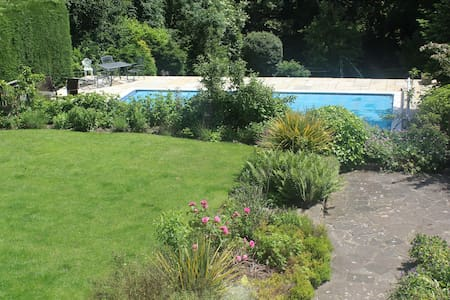 Garden Flat  Sleeps 4-6 with pool - Abbots Langley - Διαμέρισμα