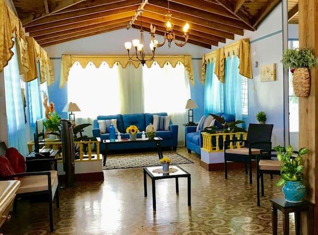 Casa Azul: Forest room/ Breakfast, Pool, Tour, A/C