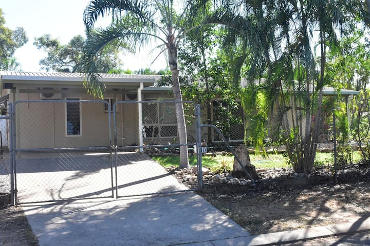 Newly renovated 3 bedroom family home.