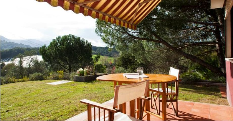 House with pool for 11 at Arrabida