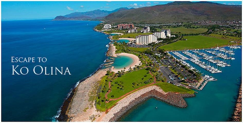 Breathtaking aerial view of the 4 man-made lagoons located at Ko'olina. Take a stroll on the walkway and visit all 4 lagoons, resorts, and lots of entertainment, restaurants, and activities. We are located only 5 minutes away. Come join us!!