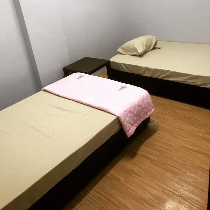 Double Room w Shared Bath (Lepak Lodge) - A/C