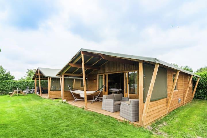 Modern Cabin near Sea in Oosterend Terschelling