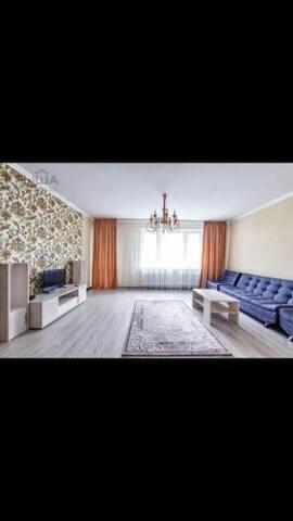 Квартира с прекрасным панорамным видом на Байтерек