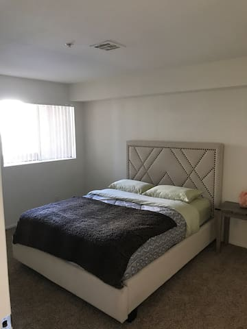 Poppin K-Town Apartment. - Los Angeles - Appartement