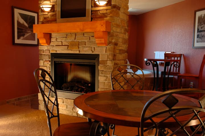 Chula Vista Resort - Studio Condo - WisconsinDells