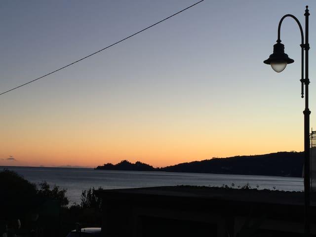 Relax e comodità sul lago di Lugano - Porto Ceresio - Leilighet