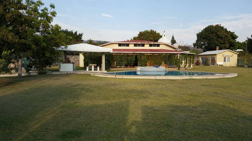 Country House - Cuautla