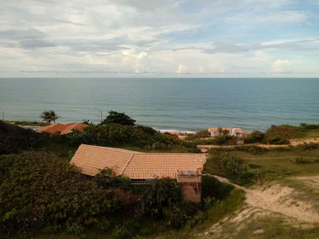 Casa em local paradisíaco na praia do Morro Branco