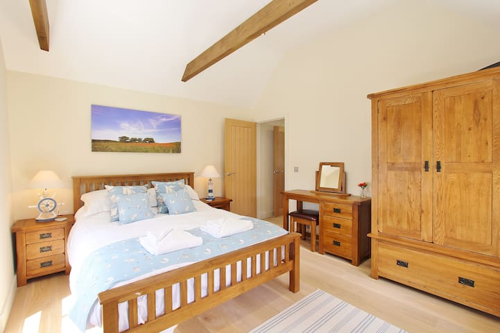 Romantic Quayside Apartment in Wells next the Sea
