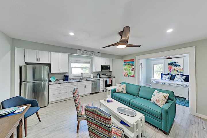 Walk to Beach! Modern Getaway w/ New Full Kitchen