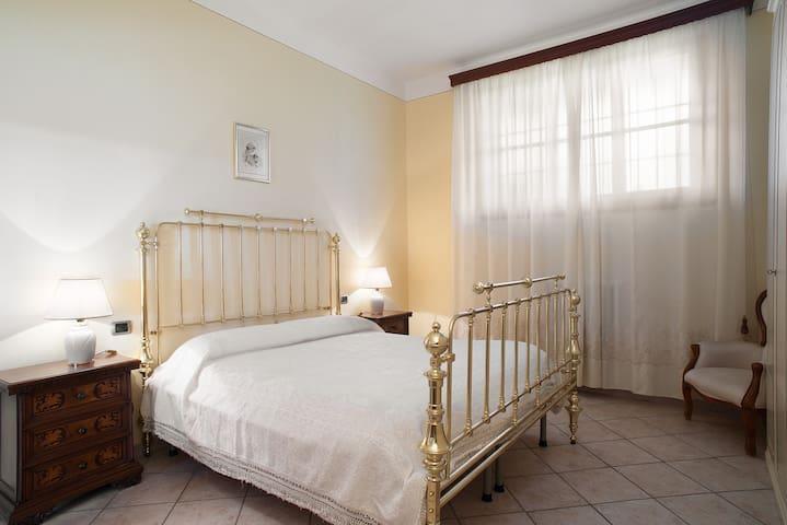Nel cuore della campagna toscana - Tavarnelle Val di Pesa (Firenze) - Lejlighed