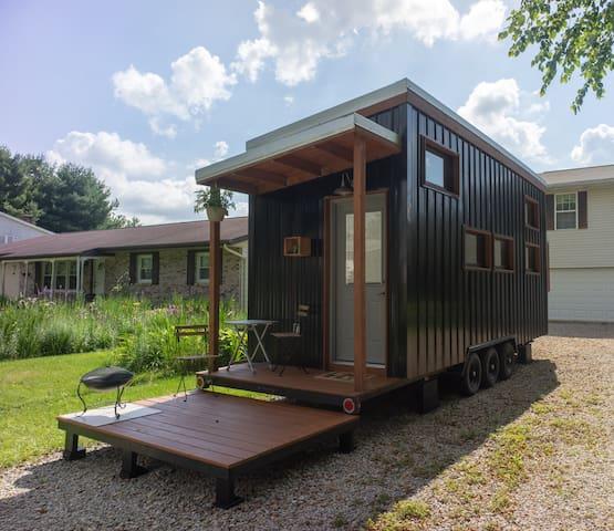 Modern Tiny House near Zanesville