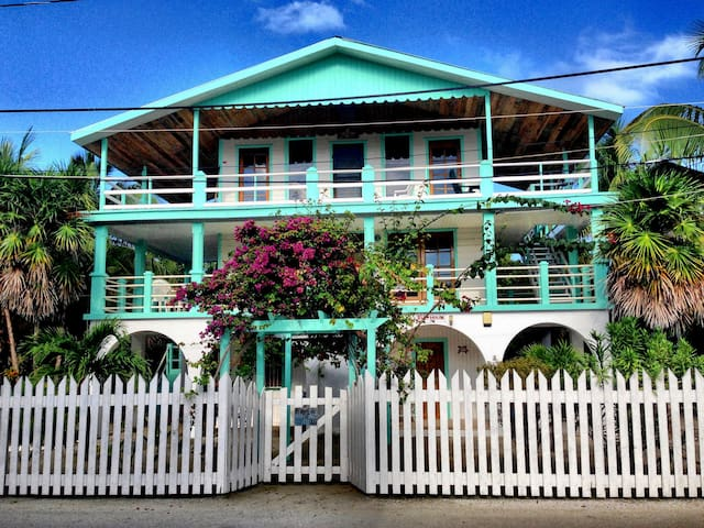 The Reef House Belize + 1/1 Apt. - Caye Caulker - Haus