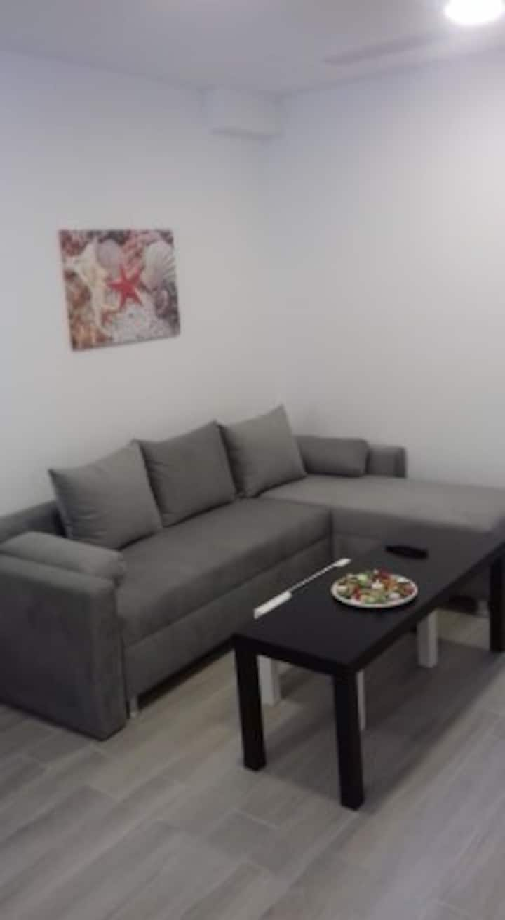 Accommodation for 3 people Athens center