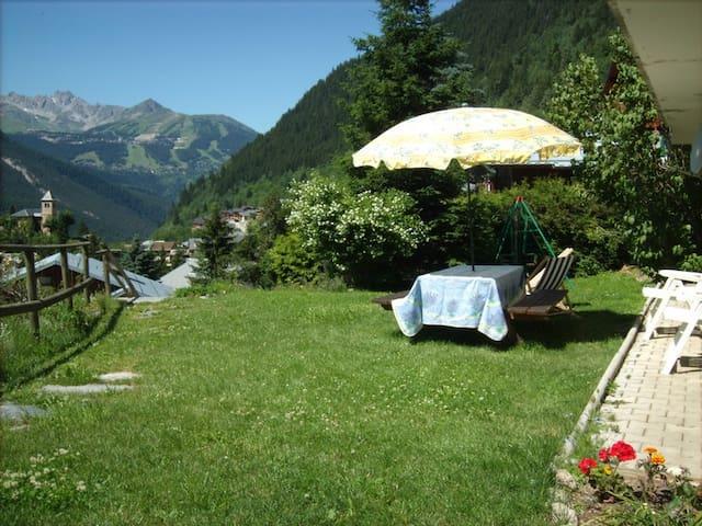 studio dans chalet de montagne - Champagny-en-Vanoise - Lägenhet