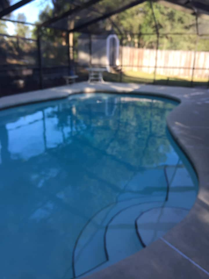 Dunnellon pool home 3 bedrooms  and pool