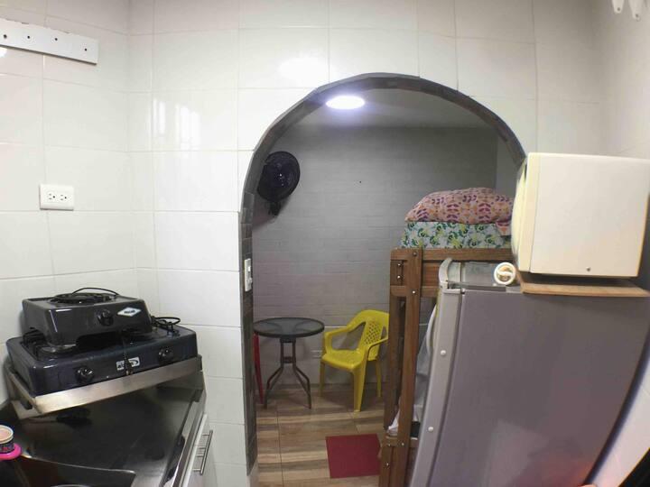 Micro apartamento cerca de todo