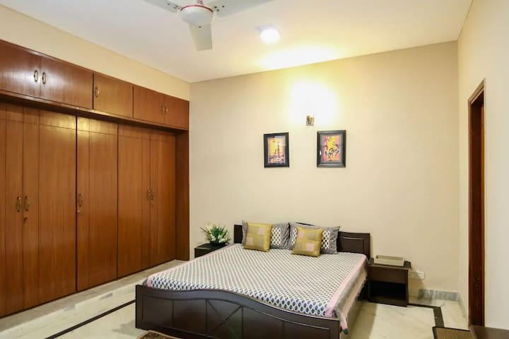 STAYGARNER 1BHK Luxurious Apartment