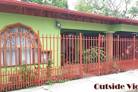 Casa Colibrí Nicoya