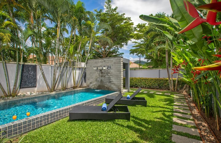 Wonderful Onyx Villas, private pool, sea in 5min