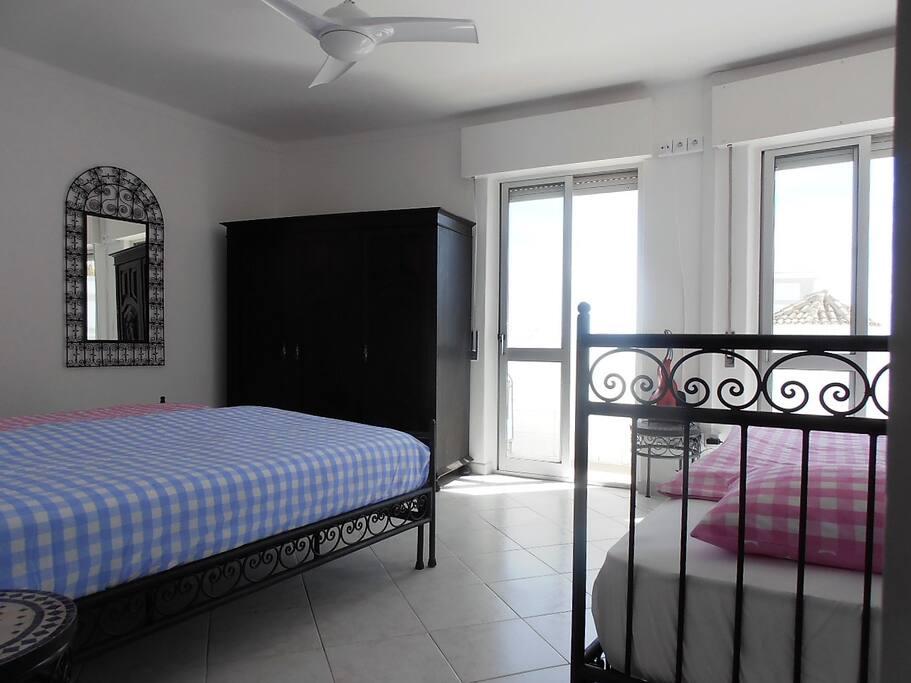 "3-Bedroom ""Farol"" with Balcony (1)"