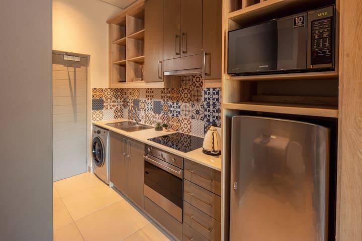 The Den Studio Apartment 47 (Cape Summer Villas)
