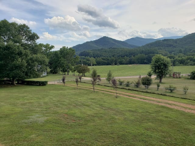 Nantahala Forest Farm house