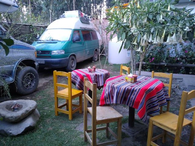casa del montañista (hostel) vista Huascaran