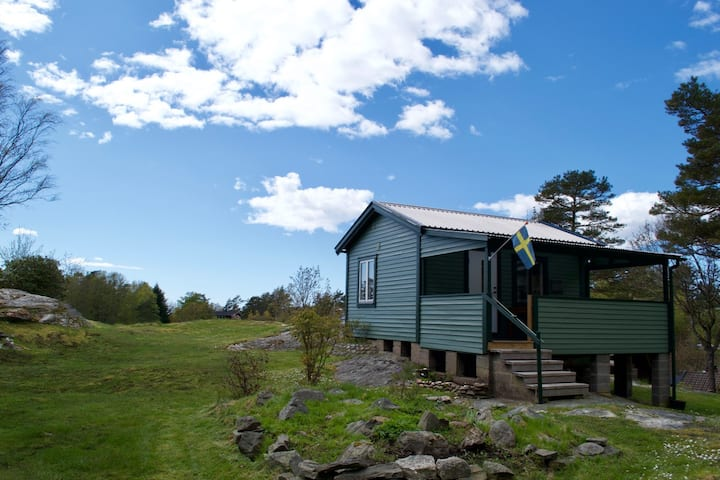 Own cottage in Tjuvkil close to Marstrand and Sea