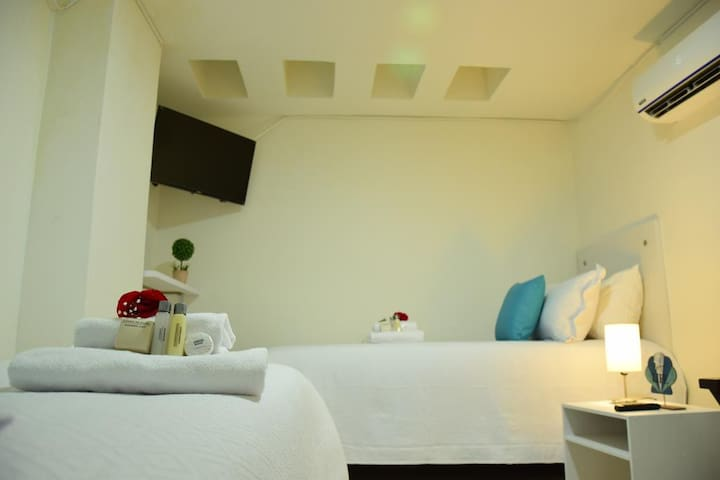 Excelente habitación, piscina y cerca de la playa