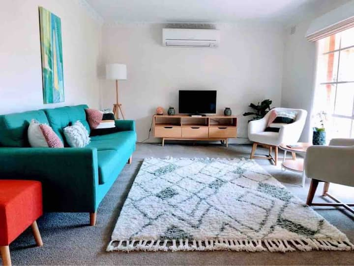 Fiona's Village Retreat - Barwon Heads