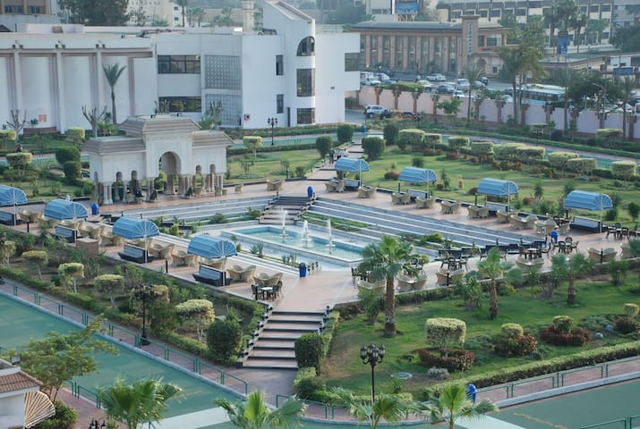 Royal Accommodation (Best Price in Cairo)