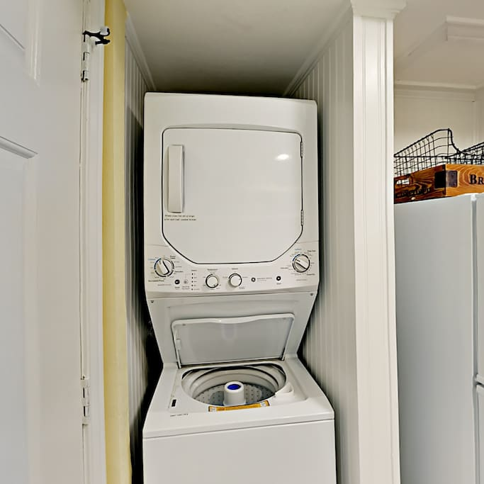 122 Sea Breeze-Washer and Dryer