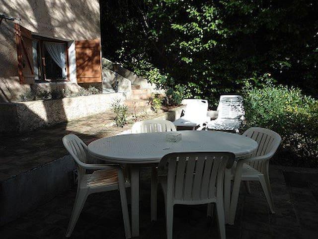 Studio 2 personnes à 5 km de Cassis - Carnoux-en-Provence - Apartamento