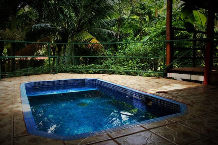 Casa Wantana, Thai-style yoga house by the beach - Playa Guiones - Appartement