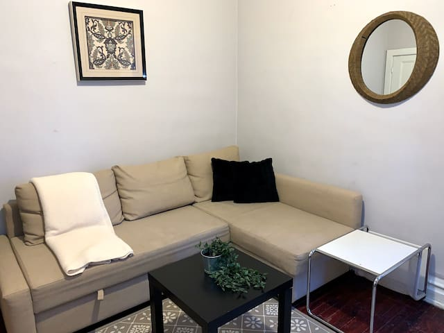 Charming apartment Byward market*Parking included*