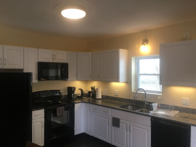 DOVER NH 2 BEDROOM