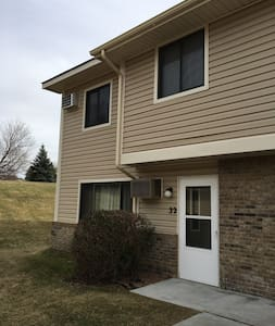 Ryder Cup 2016 Cozy End-Unit Townhouse - Waconia - Reihenhaus