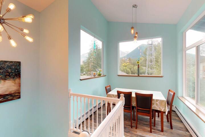 Dog-friendly mountain home w/ a kitchen, WiFi, & breathtaking views