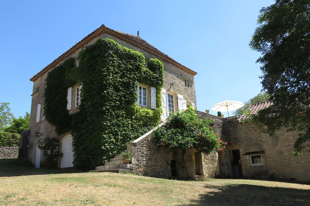 La vigne vierge chambres d 39 h tes b b room 3 bed and breakfasts for rent in montgesty - Chambre d hote ruoms ...