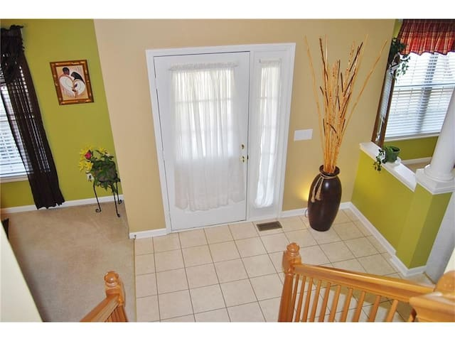 Gorgeous Quiet Neighborhood with Wooded Back Yard