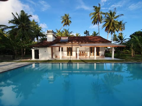 Sambol Garden House - Polhena, with private pool