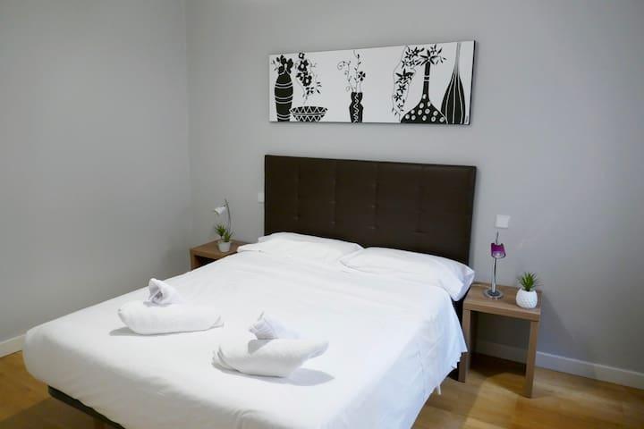 Dormitorio principal Double Room