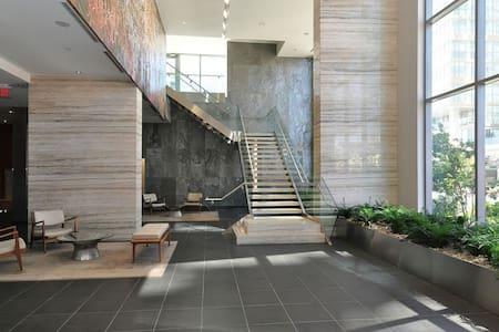 Luxurious Condo near CN Tower - Toronto - Társasház