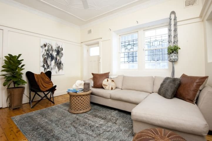 Coogee Beach Charmer! 100m to beach - Coogee - Appartement
