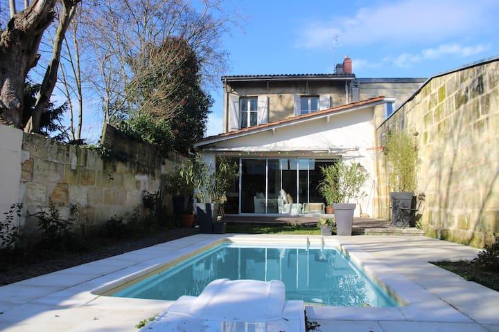 Maison avec piscine Bordeaux centre